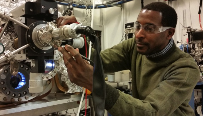 Marvin Cummings posdoc in the XSD division at Argonne National Laboratory SXSTM