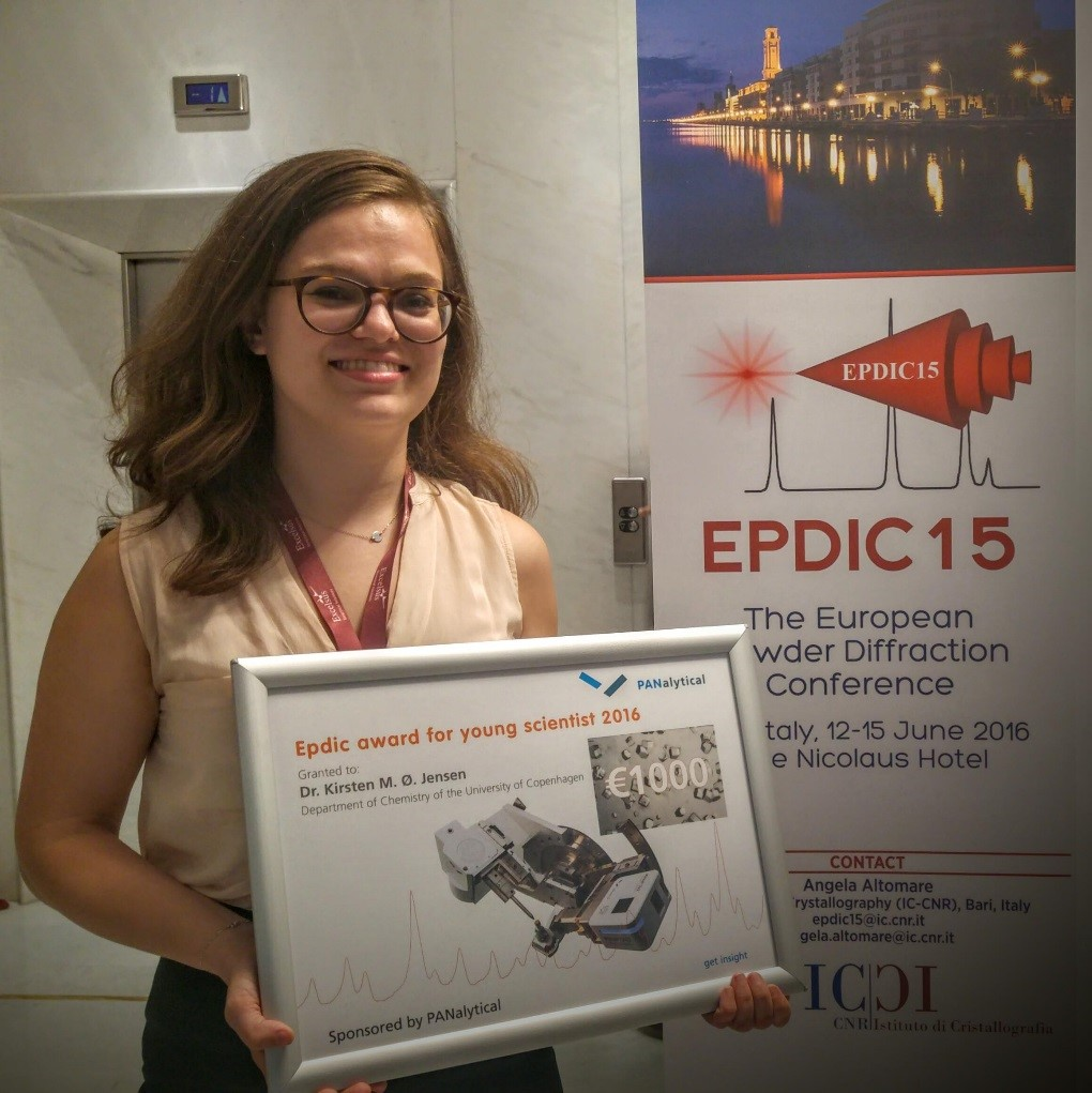 Kirsten Jensen, University of Copenhagen, Denmark, with the European Powder Diffraction Conference Award for Young Scientists.
