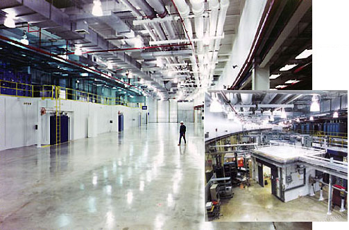 Experiment hall empty (left) and with an instrumented sector (right)
